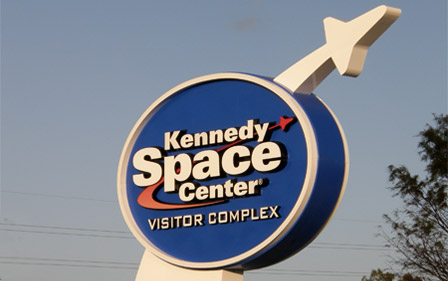 Kennedy-Space-Center-left-bottom